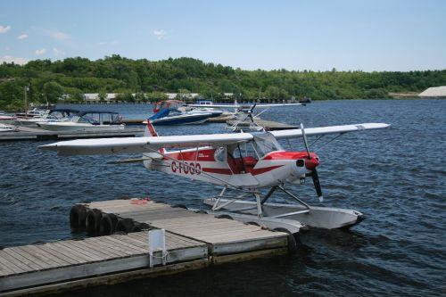bi plane bi-plane small plane