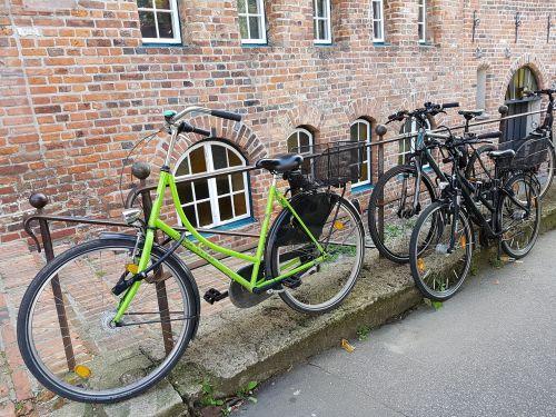 bicycles wheel cycling