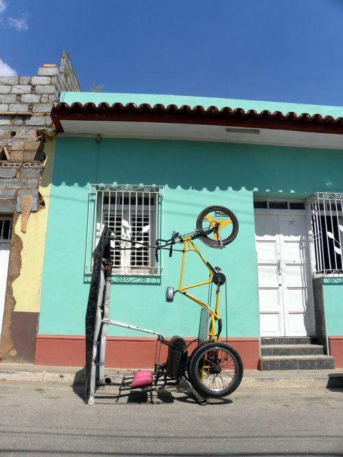 bicycles cuba trinidad