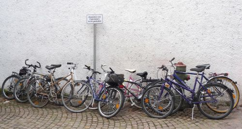 bicycles traffic turn off