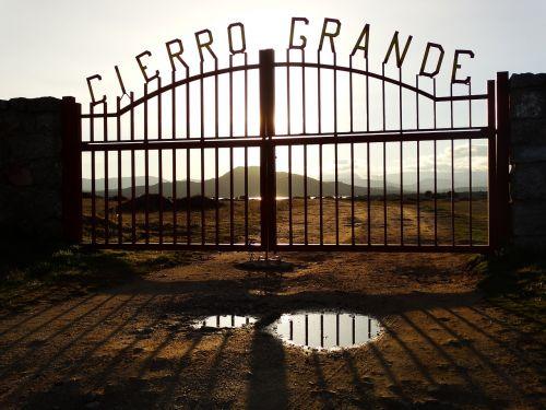 big close ranch gate ranch