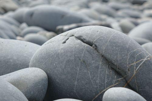 big pebble rock smooth
