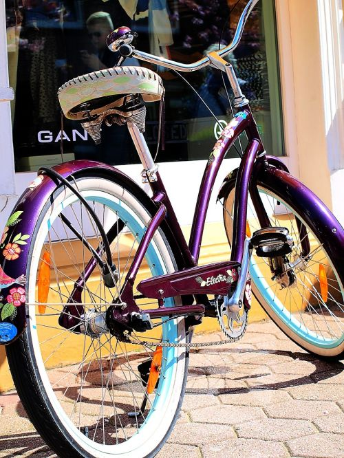 bike hippie colorful