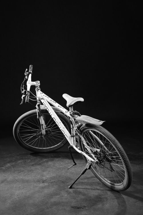 bike photography realism