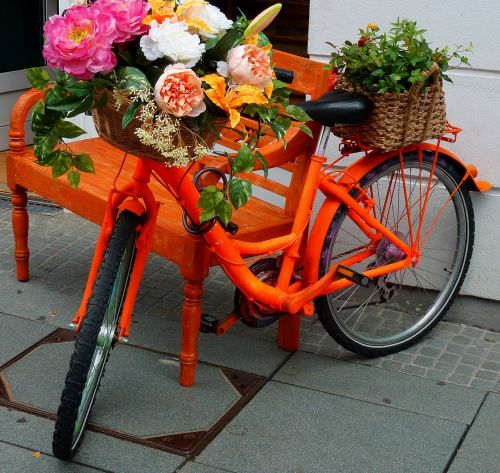 bike decorated bicycle flowers