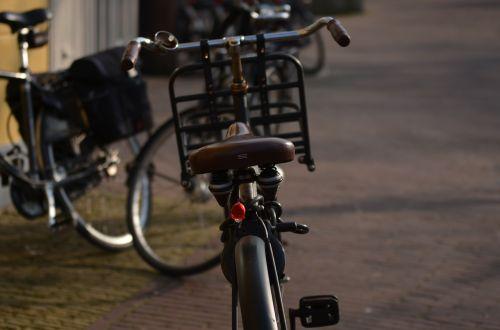 sit street bike