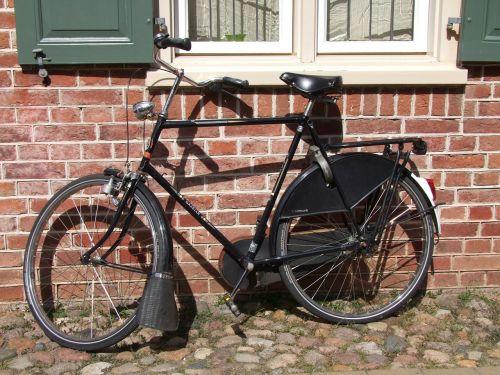 bike hauswand black