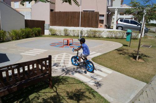 bike child street