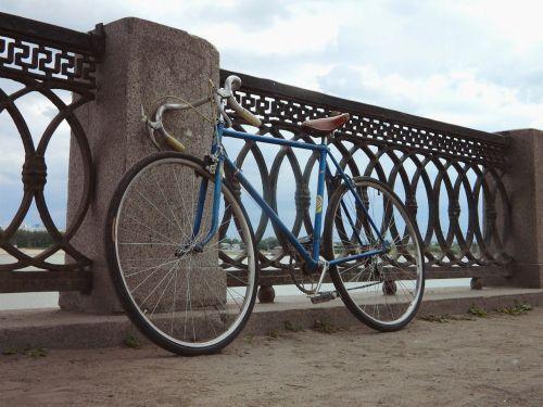 bike city street