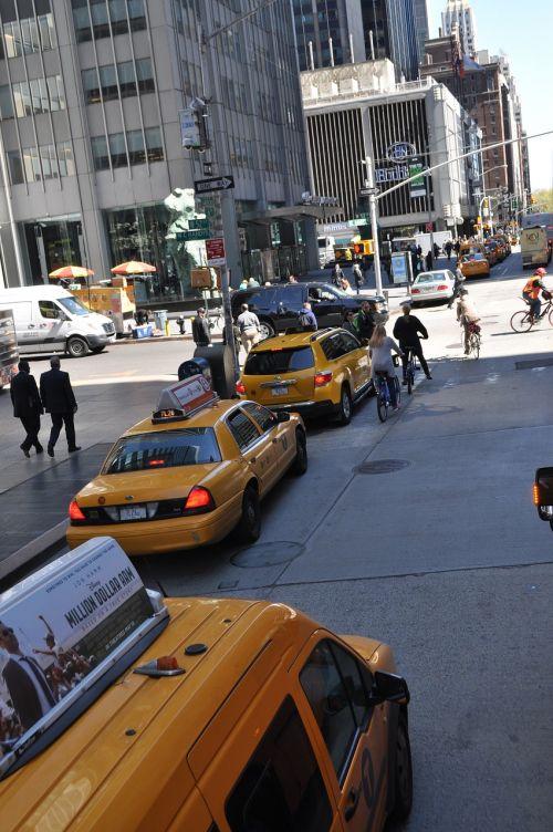 bike new york yellow cab