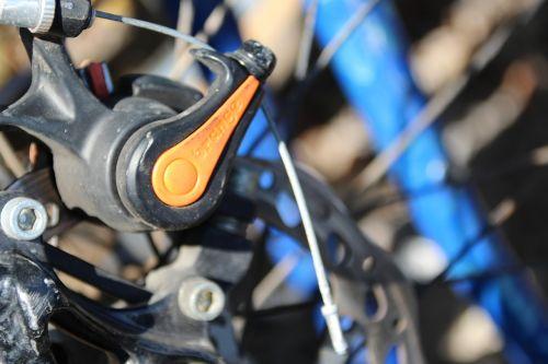 bike spokes brake