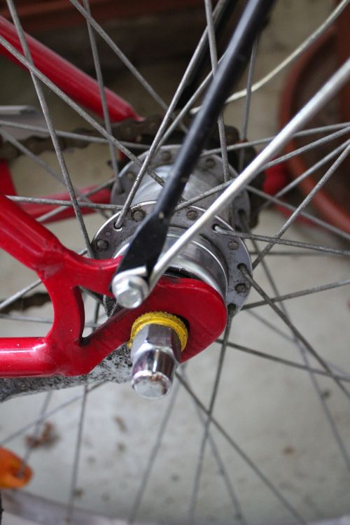 bike rear axle wheel