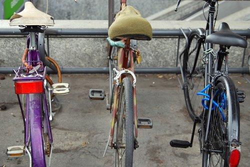 bike  parking  urban