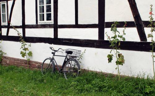 bike truss museum