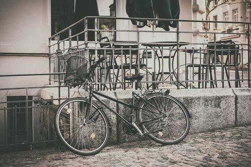 bike  parked  basket