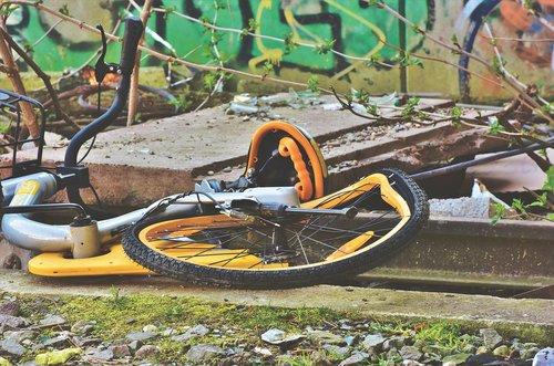 bike  bicycle  obike