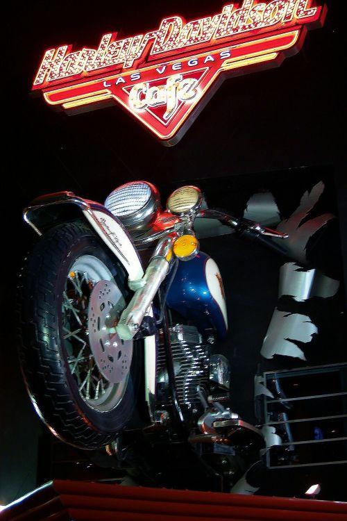 bike harley davidson advertise
