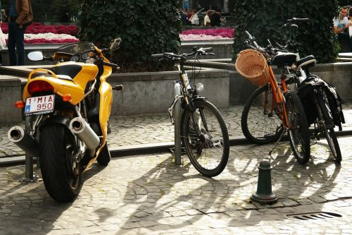 bike motorcycle bikes