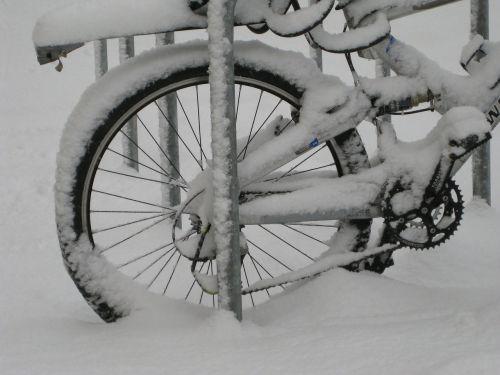 bike mountain bike snow
