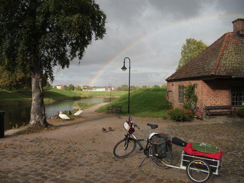 bike arc sky