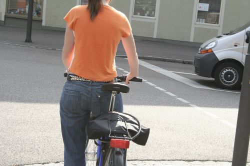 bike cyclist move
