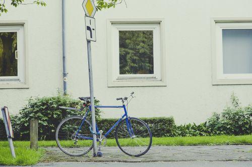 bike wheel city