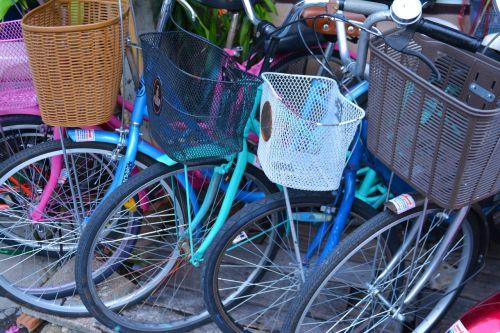 bikes cycles wheels