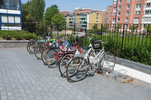 bikes concrete stone malmö