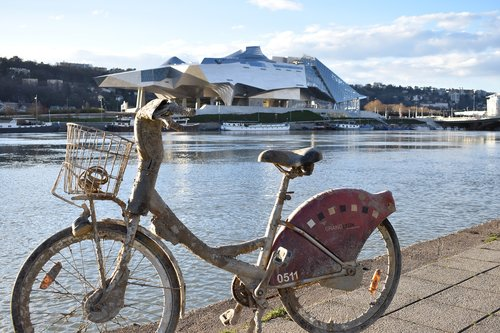 bikes  rhone  confluence