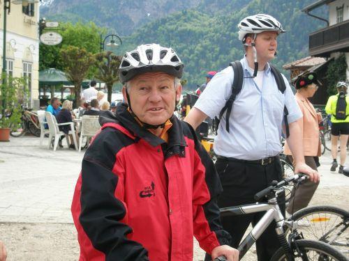 biking sunday governor pühringer prominent