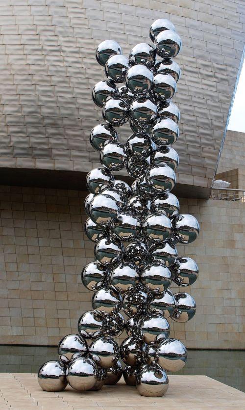 bilbao guggenheim sculpture