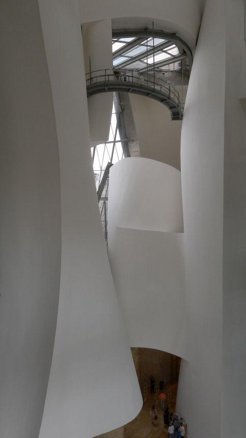 bilbao museum guggenheim