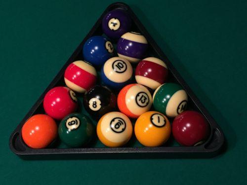 biliardas,baseinas,rutuliai,varzybos,hobis,pramogos,žalias,biliardas,Sportas,laisvalaikis,poilsis,stalas,linksma,žaisti,žaidimas,spalvos