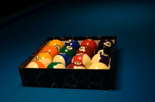 billiards balls game
