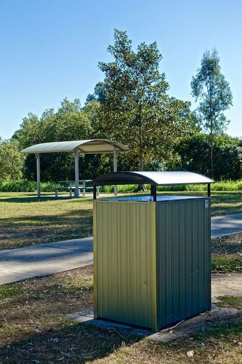 bin rubbish public