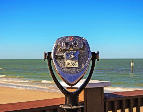 binocular tower display tourist sites