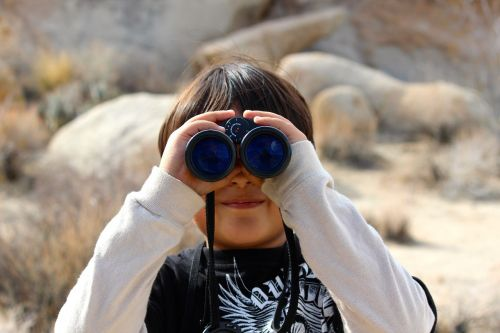 binoculars child magnification