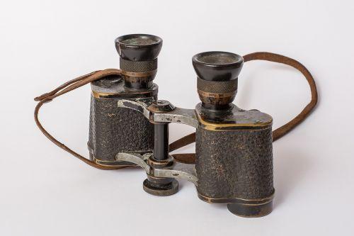 binoculars old distant