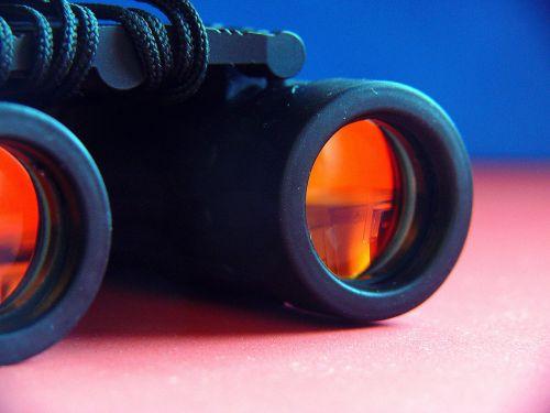 binoculars see sharp view
