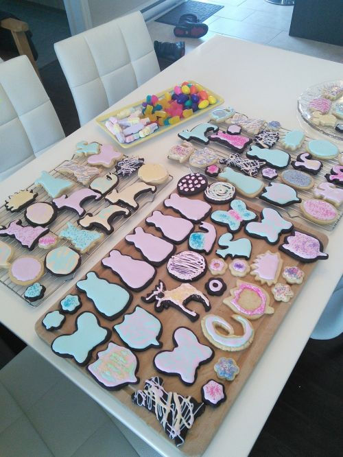 biscuit easter decorated