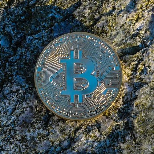 bitcoin  currency  finance