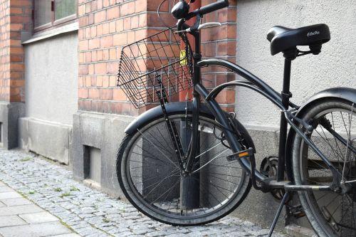 black cycle brick