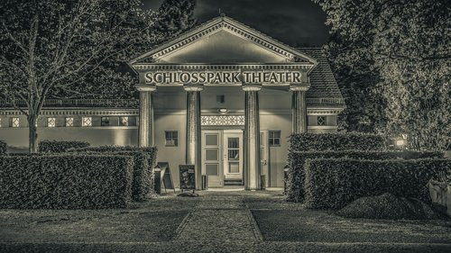 black and white  theater  castle park theater