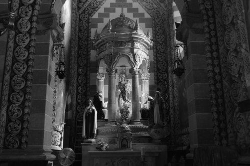 black and white  iglesia  catedral