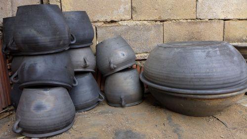 black-pottery,folk handicraft,handicraft,daily utensils