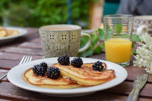 blackberry pancakes brunch