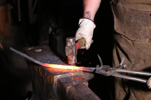 blacksmith  forge  hammer