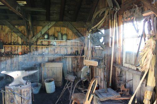 blacksmith workshop equipment