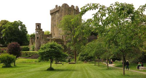 blarney castle castle ireland