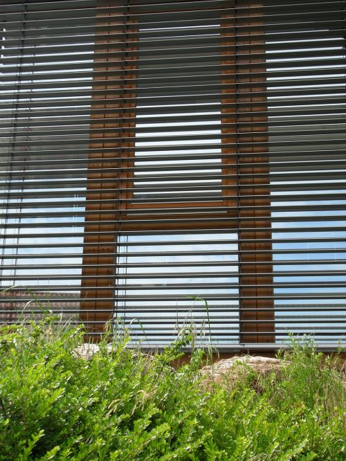 blinds window facade